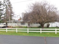 2401 Redwood Klamath Falls OR, 97601