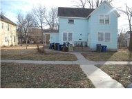 121 W 10th Newton KS, 67117