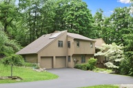 34 Deer Track Lane Goldens Bridge NY, 10526