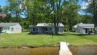 478 Oakwood Beach Brooklyn MI, 49230