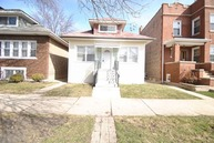 5336 West Eddy Street Chicago IL, 60641