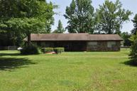 37 Moore Rd Picayune MS, 39466