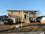 2389 Hudson St East Meadow NY, 11554