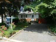 9 5th Ave Smithtown NY, 11787