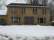 2116 White Oak Dr Stow OH, 44224