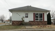 512 E Washington St Christopher IL, 62822