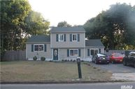 740 Narragansett Ave East Patchogue NY, 11772