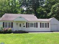 566 S Forklanding Rd Maple Shade NJ, 08052