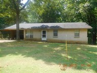 250 Winningham Savannah TN, 38372