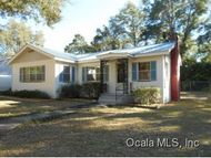 Address Not Disclosed Weirsdale FL, 32195