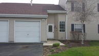 37 Gant Circle E Streamwood IL, 60107