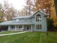 1416 Wilderness Trl Delafield WI, 53018