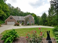 432 Sondley Woods Place Asheville NC, 28805
