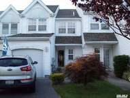 133 Northwood Ct Bayport NY, 11705