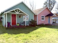 211 4th St Ne #1-4 Long Beach WA, 98631
