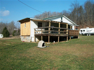 170 Maple Run Looneyville WV, 25259