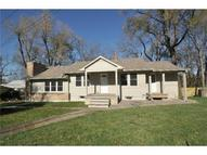 10004 E 22nd Street Independence MO, 64052