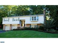 17 Berkshire Dr Wallingford PA, 19086