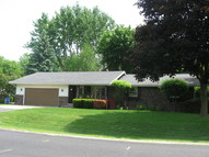 4 Oneida Ct Appleton WI, 54911