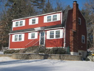 3 Twin Isle Rd Londonderry NH, 03053