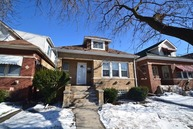 6017 Nagle Ave Chicago IL, 60646