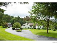 28 Strawberry Hill Road Pawling NY, 12564