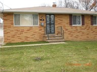 13 Greencliff Dr Bedford OH, 44146
