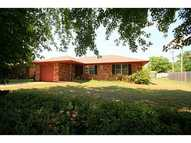 509 E Kennedy St Lexington OK, 73051