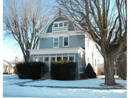 214 Cleveland St Brillion WI, 54110
