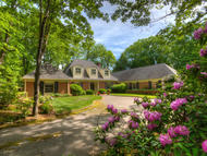 111 Dogwood Dr Lookout Mountain TN, 37350