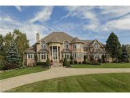 2131 Charles Ln Akron OH, 44333