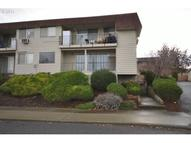 1622 E 9th St 1 The Dalles OR, 97058