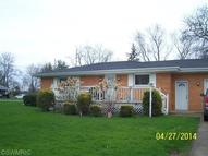 112 Butternut St Three Oaks MI, 49128