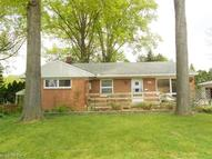 523 Notre Dame Ave Cuyahoga Falls OH, 44221