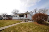 440 Zahn Huntington IN, 46750