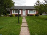 829 W Maple Street Valley View PA, 17983