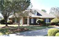 8606 Willowbrook Montgomery AL, 36117