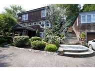 102 Green End Av Middletown RI, 02842