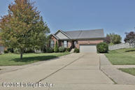 32 North Country Dr Shelbyville KY, 40065