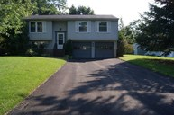8300 Sextant Drive Baldwinsville NY, 13027