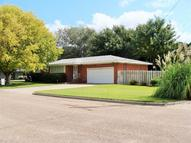 2208 Briar Hill Garden City KS, 67846