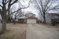 2s561 Cynthia Drive Warrenville IL, 60555