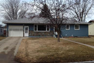 1713 5th Ave Ne Jamestown ND, 58401