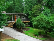 19621 42nd Ave Ne Lake Forest Park WA, 98155