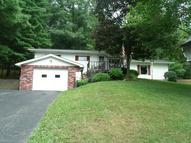 284 Hillsdale Dr Coshocton OH, 43812