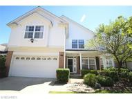 401 Rosebury Ct Unit: 8 Mayfield Heights OH, 44124