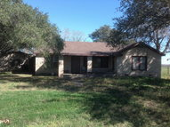 552 Sample Ln Smiley TX, 78159