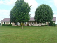 6558 Stovall Rd Cave City KY, 42127