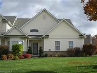 11128 Quail Hollow Dr Painesville OH, 44077