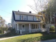 382 North Main St Amherst VA, 24521